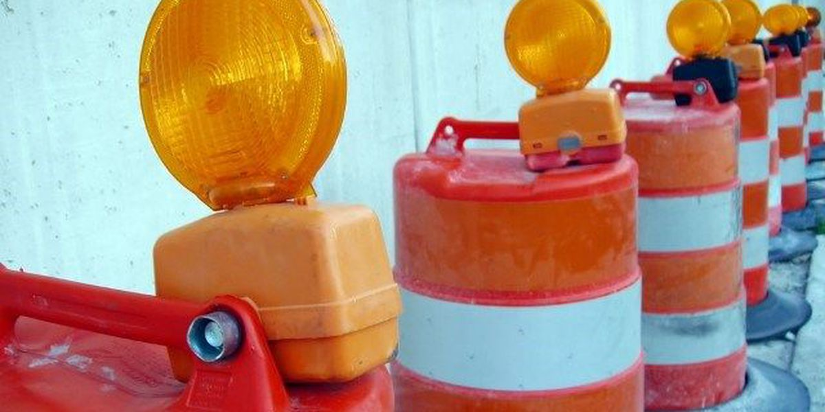 Lane closure on Holmestown Road from Highway 17 Bypass to Blue Jay Drive