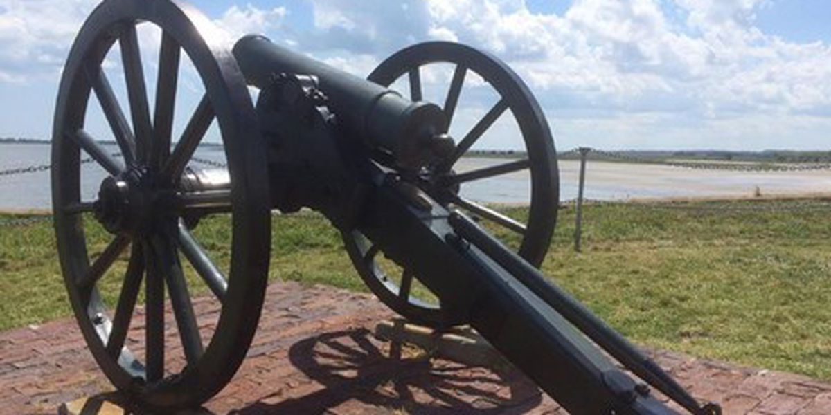 President Trump signs bill naming Fort Sumter, Fort Moultrie national parks