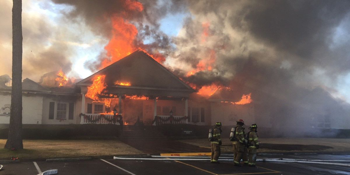 Crews From Horry County Isting Brunswick Firefighters With Multi Alarm Blaze At Plantation