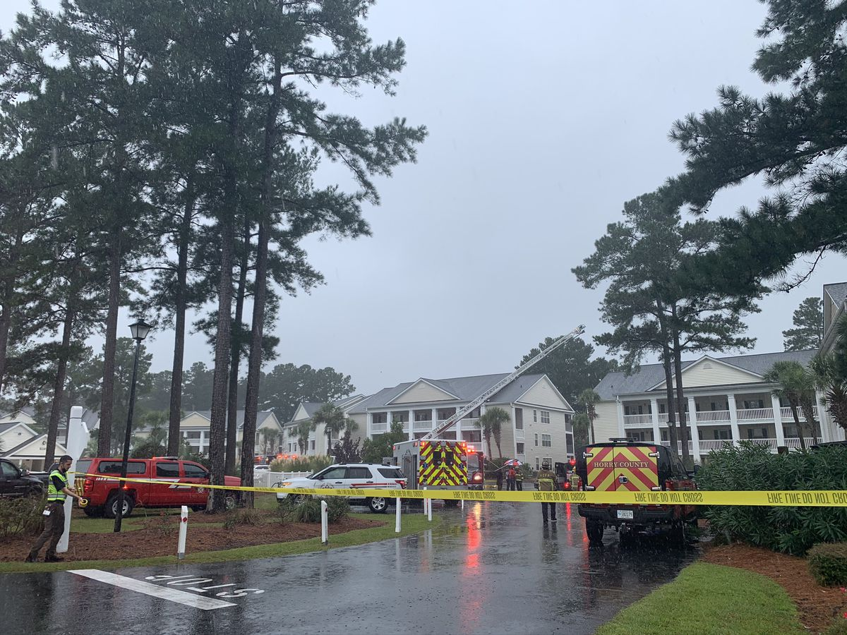Victim with injuries in Windsor Green complex fire dies, coroner says