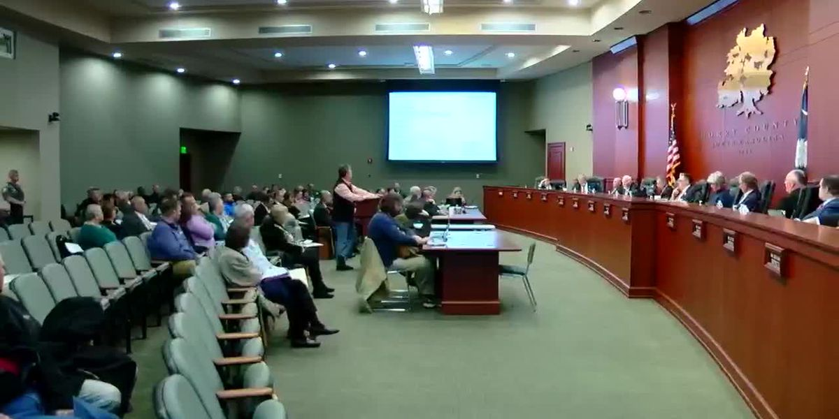 Tense moments during budget retreat discussion at Horry County Council meeting