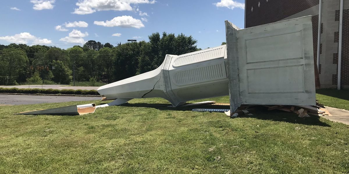 South Carolina pastor unshaken by steeple toppled by storm