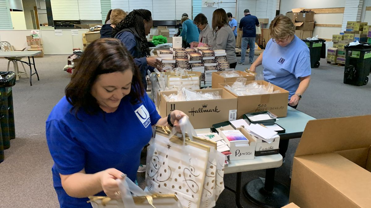 Grand Strand volunteers put together Christmas care packages for military families