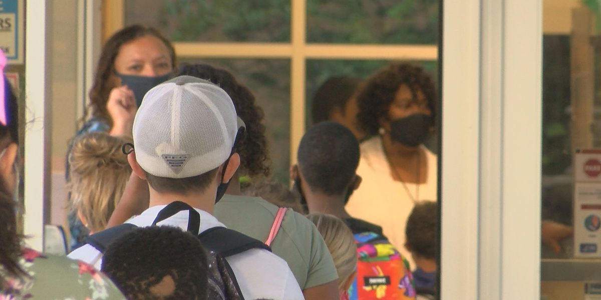 Over 10,000 HCS students opt out of wearing masks in classrooms, district says