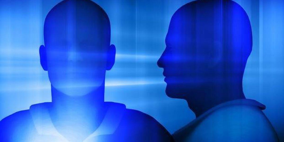 Pawleys Island armed robbery suspect on the run