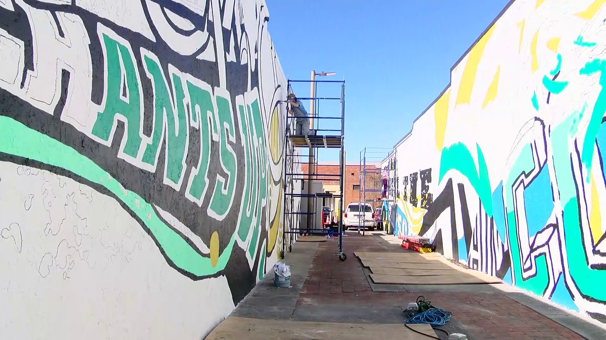 CCU students continue work on 'Teal Alley' art project in Conway