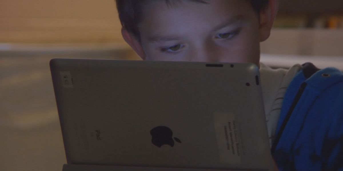 Tips to help cut back on your child's screen time ahead of the new school year