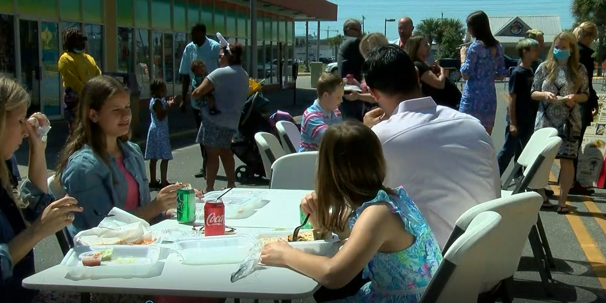 Myrtle Beach church welcomes Easter congregation with service, block party