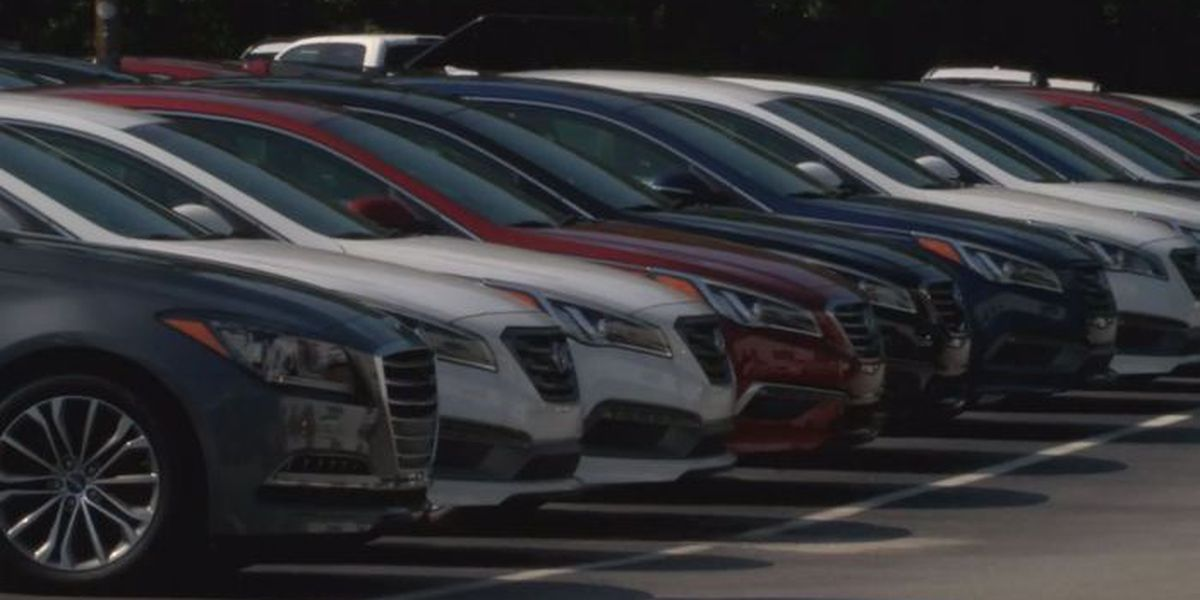 Labor Day means big deals for car industry