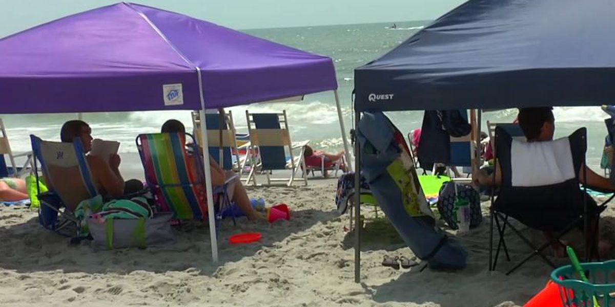 Surfside Beach discusses banning beach tents
