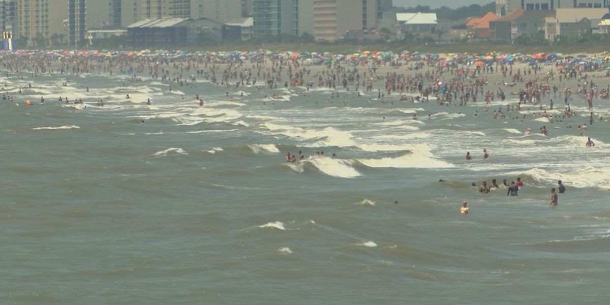 Doctors respond to health concerns after Facebook post about beach bacteria