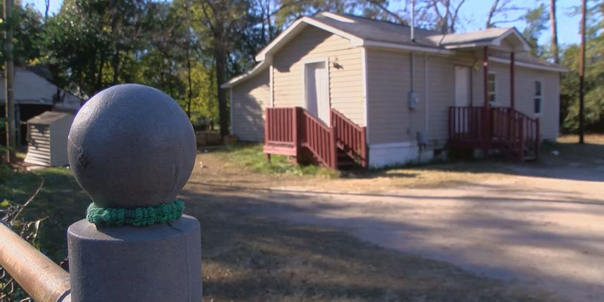 Three people taken to hospital after shooting at house party in Darlington Co.