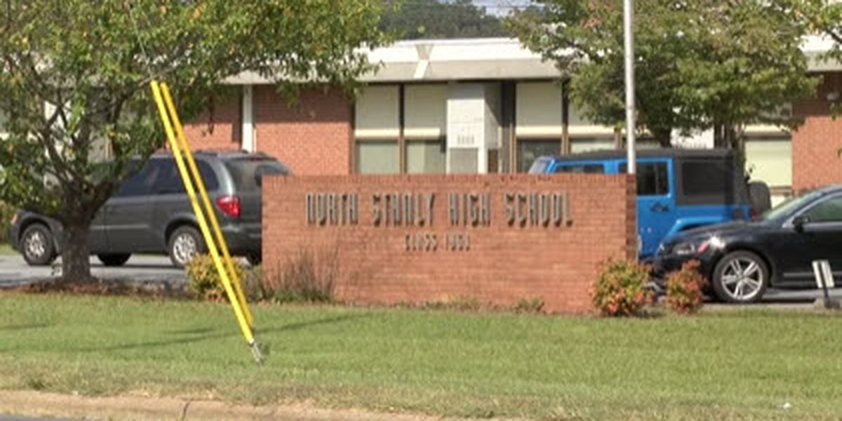 Community members respond after North Stanly HS cheerleaders put on probation for posing with Trump sign