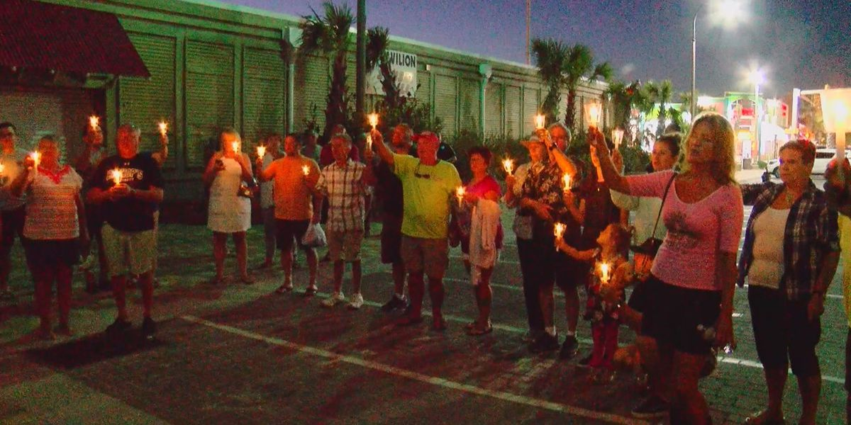Community members gather in North Myrtle Beach to honor Las Vegas shooting victims