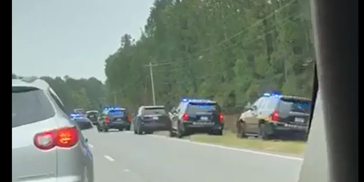 Authorities arrest one suspect who fled from Georgetown police, manhunt continues for two more