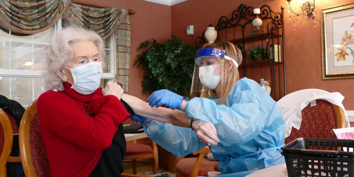 Myrtle Beach retirement home residents get first dose of Moderna vaccine