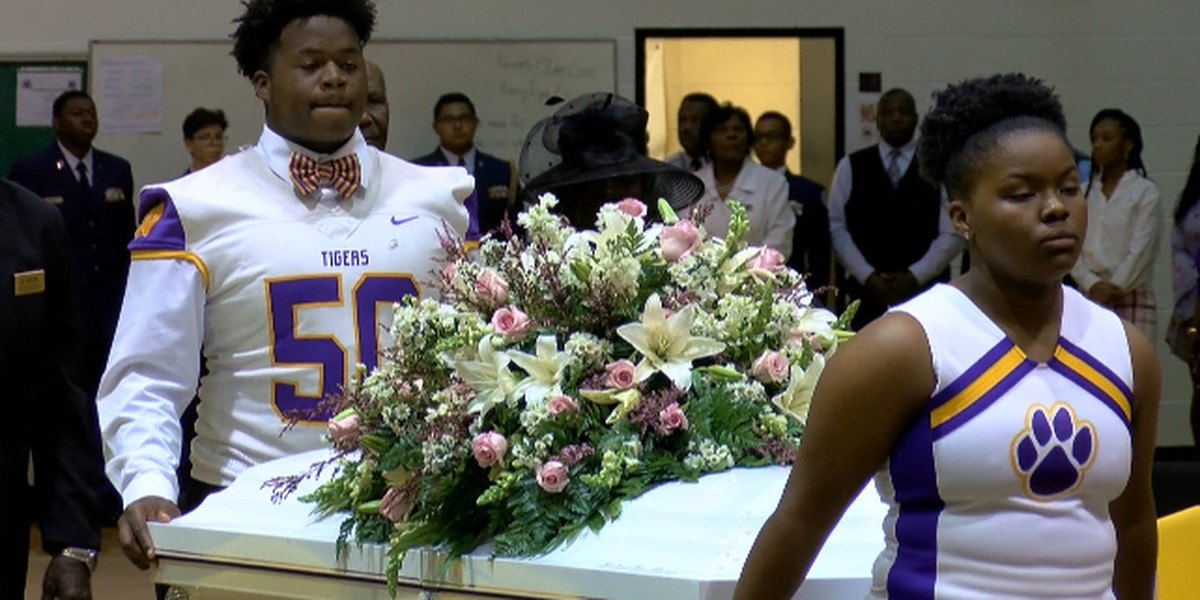 Wilson High School community honors fallen cheerleader with emotional farewell