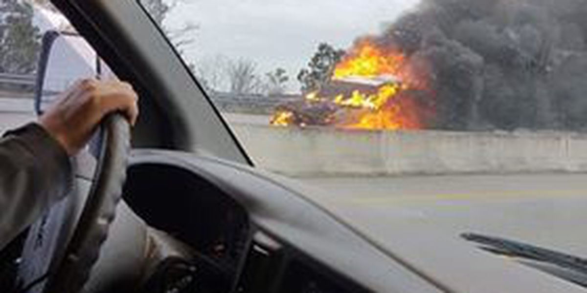 Vehicle fire closes lane on SC-31 at Robert M. Grissom Parkway
