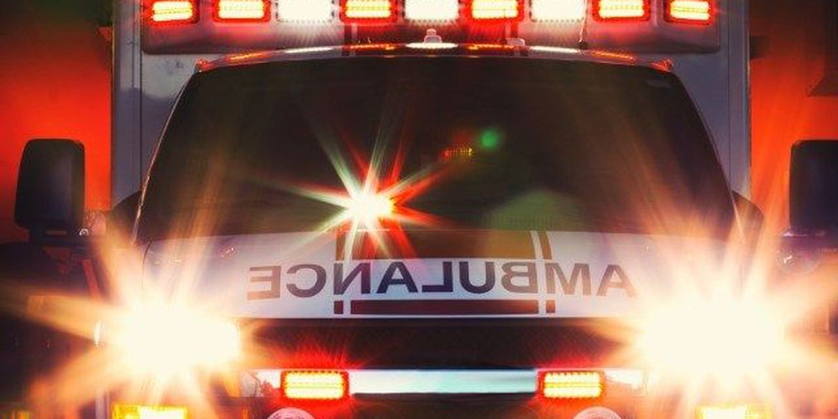 Florence crash involving ambulance, pickup truck injures six