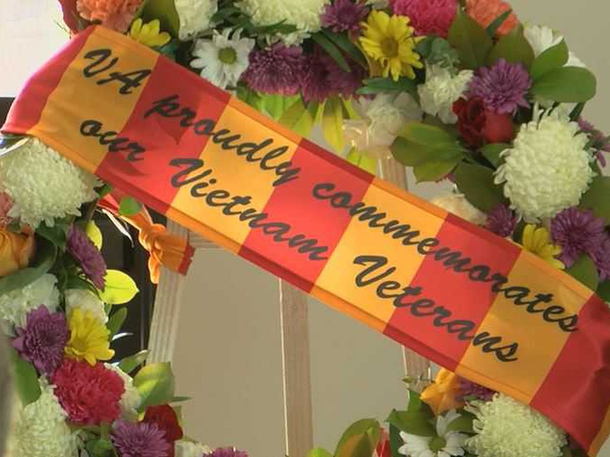 Florence pauses to remember those who served in Vietnam
