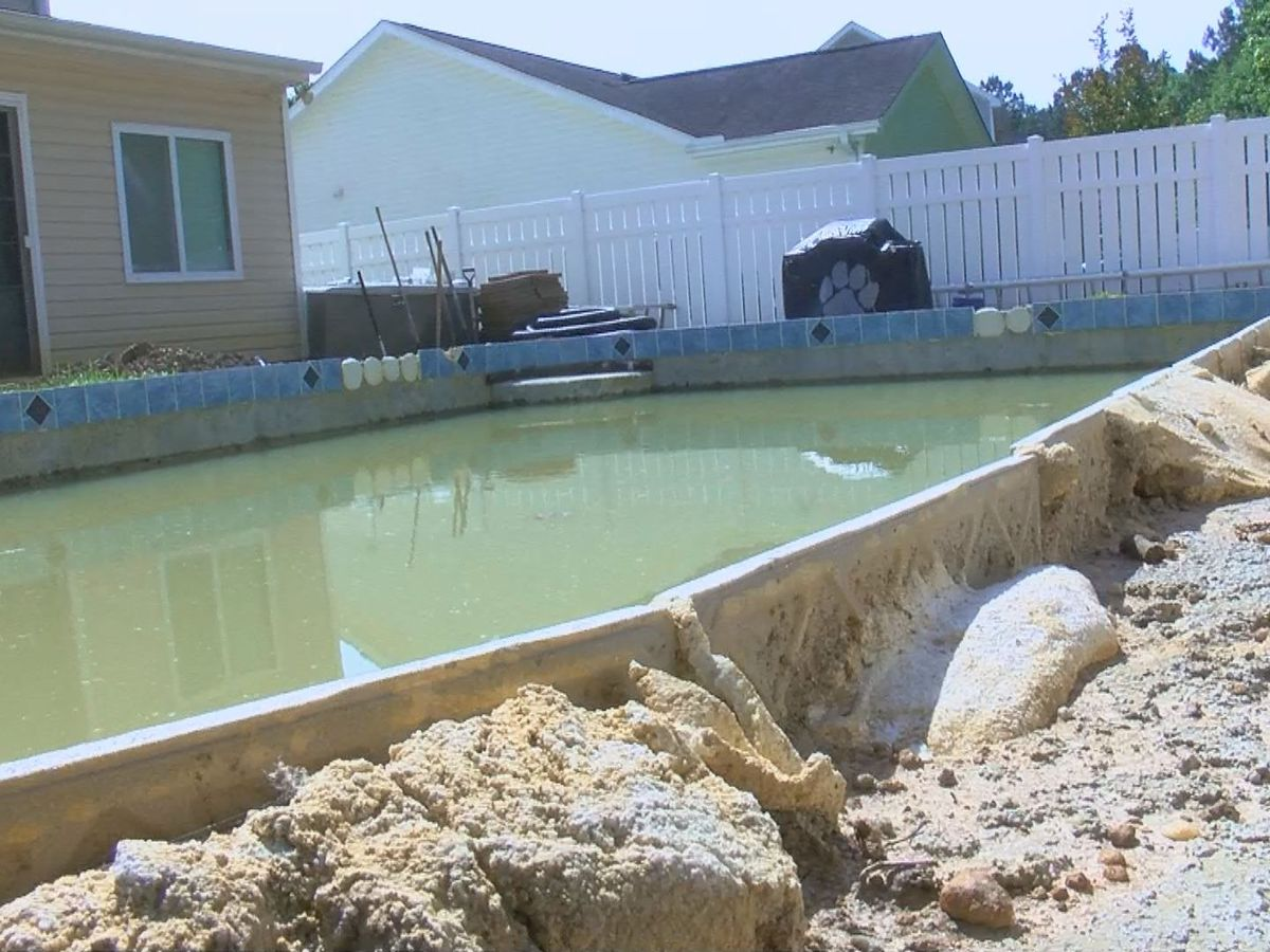 WMBF INVESTIGATES: Horry County issues pool permits to company without a business license
