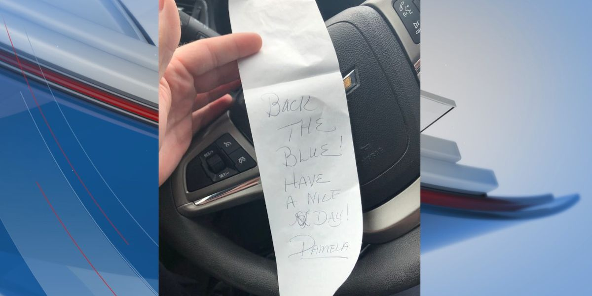 'Back the Blue!': Resident picks up tab for North Myrtle Beach officer's food