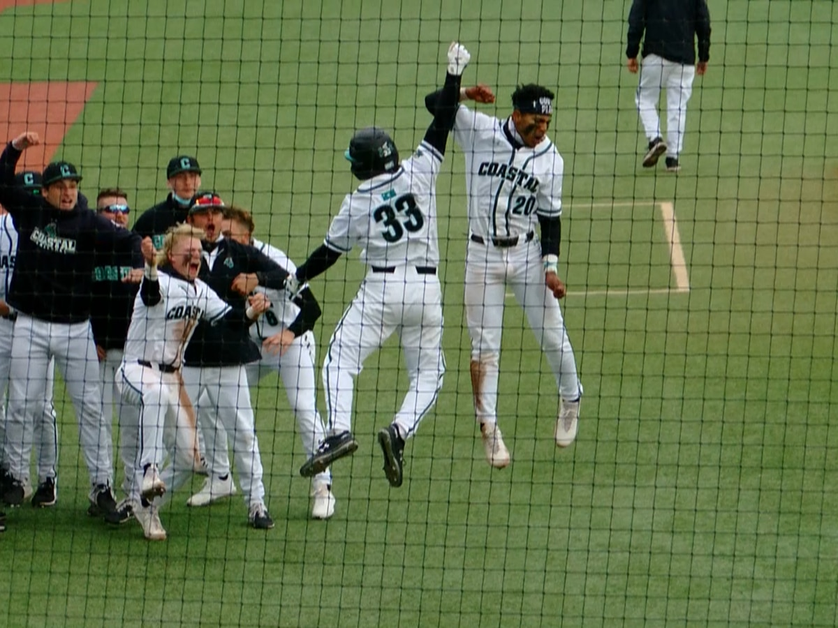 Coastal baseball holds off RedHawks for 5-3 win