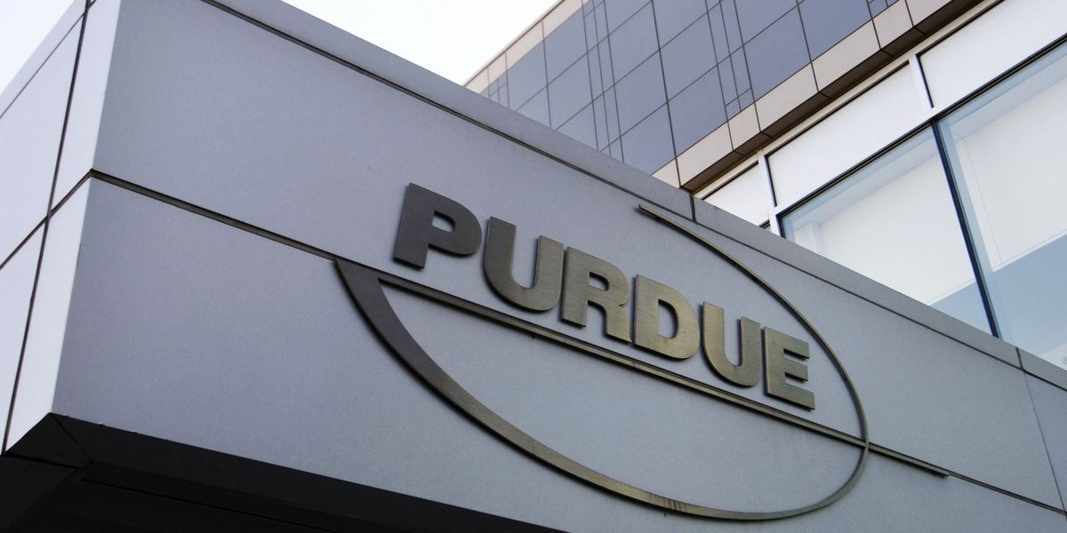 OxyContin maker Purdue Pharma to plead to 3 criminal charges