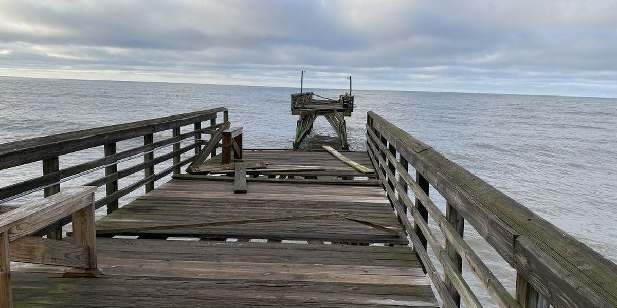 North Myrtle Beach leaders give green light for ocean swimming to resume in the Cherry Grove area
