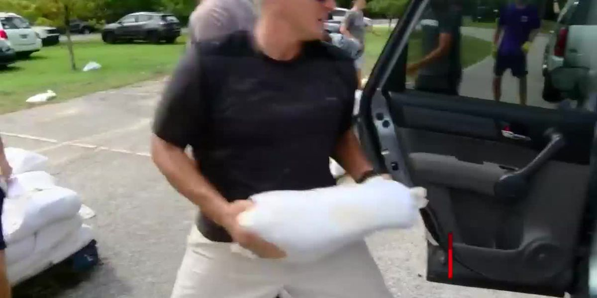 Myrtle Beach, Conway, Georgetown County announce sandbag distribution to help with Dorian prep
