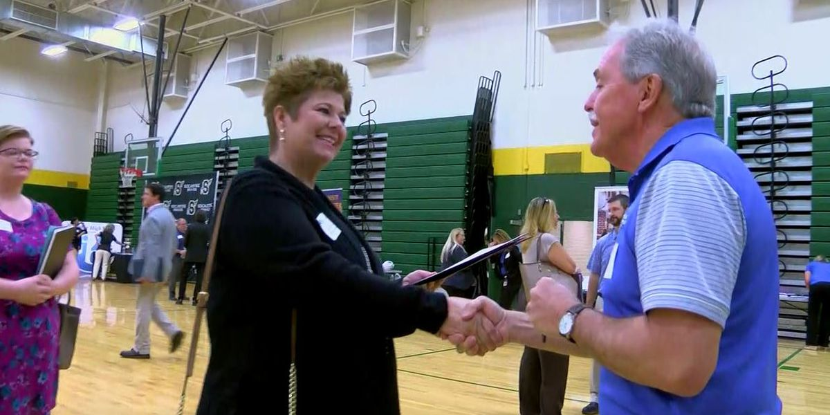More than 500 teachers attend HCS recruitment fair