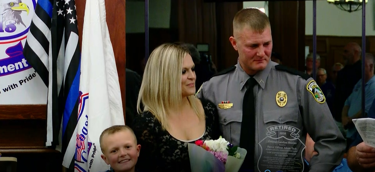 HCPD officer awarded 'Law Enforcement Officer of the Year' for rescuing family from sinking car