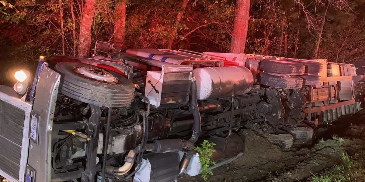 One suffers serious injuries after crash causes 18-wheeler to overturn in Conway area