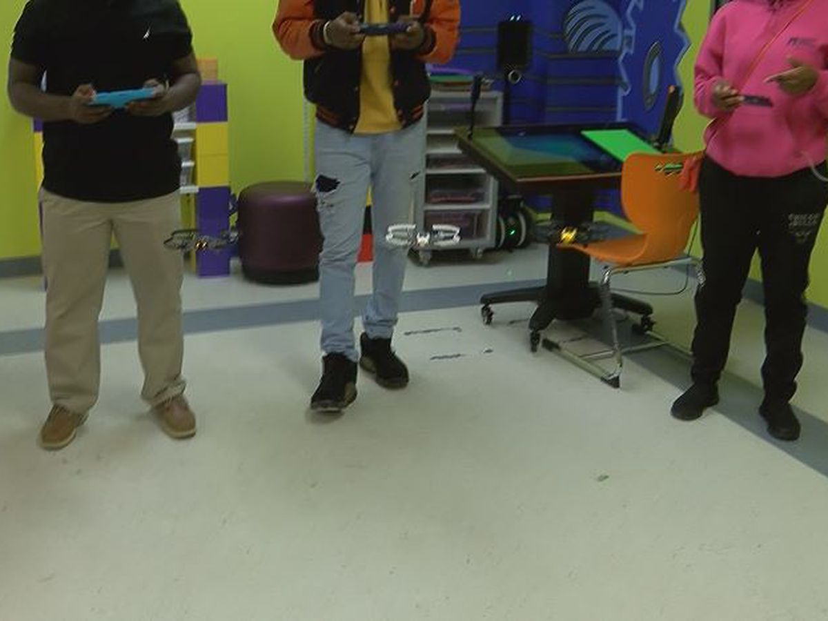 Pee Dee students learn drone technology through STEM program