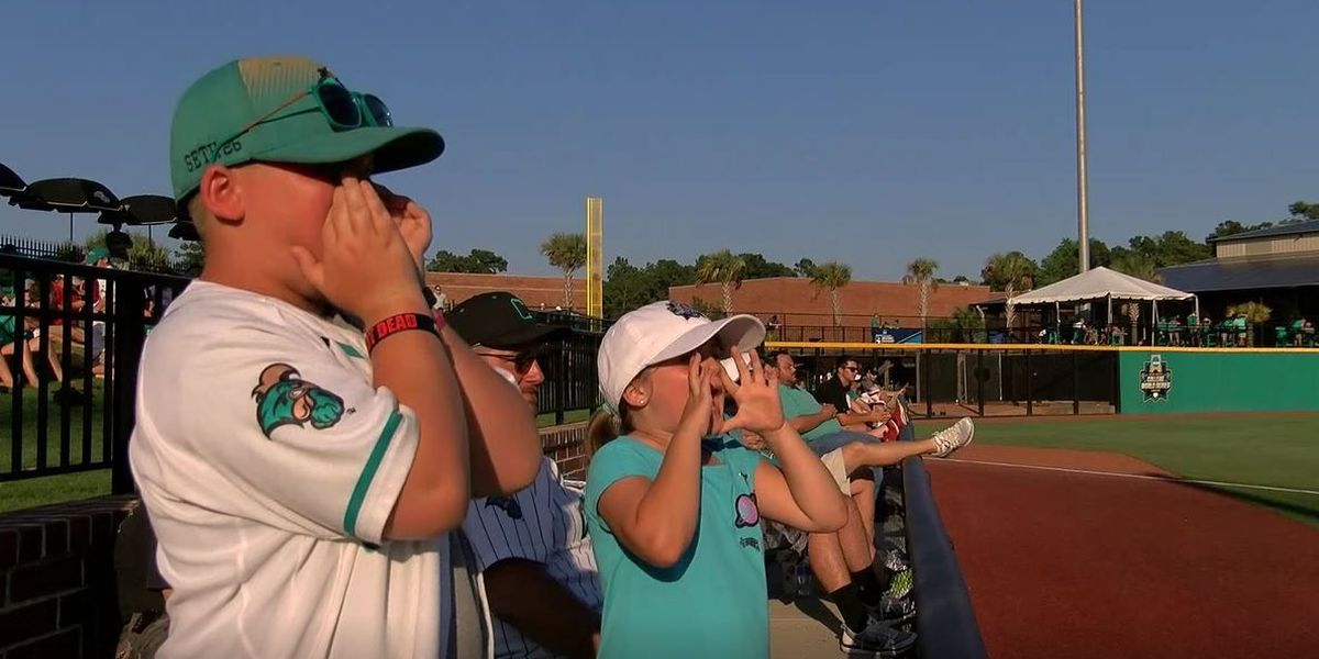 10-year-old superfan shares special bond with CCU baseball team