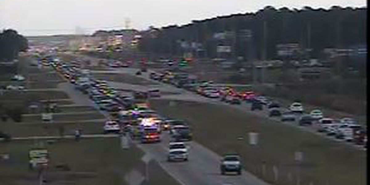 Accident blocks northbound lanes of Highway 501 in Conway