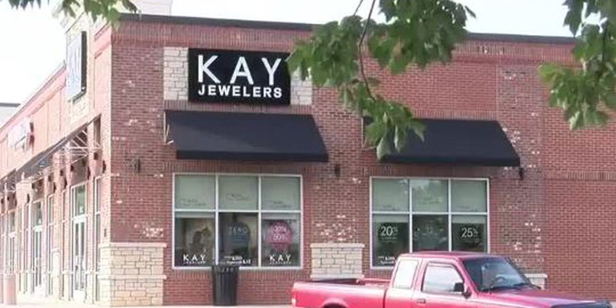 Store manager fired after deputy picking up engagement ring turned away over service weapon