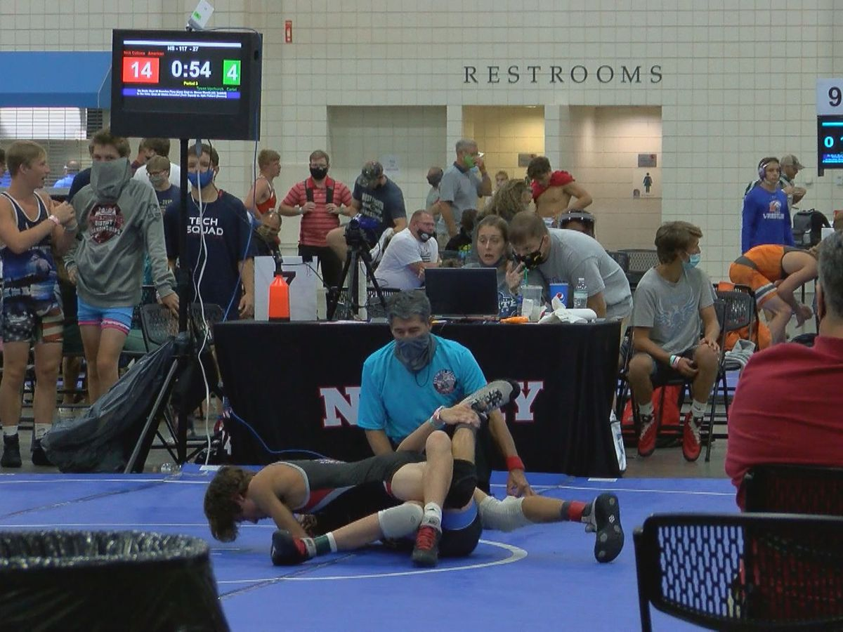 Wrestling tournament draws hundreds to Myrtle Beach despite COVID-19 pandemic