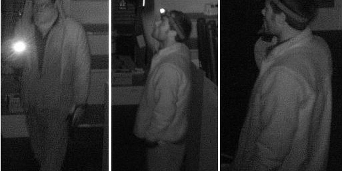 Florence Police seeking identity of burglary suspects