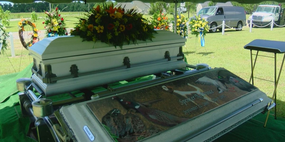 Friends and family of 16-year-old shot and killed in Aynor hold funeral