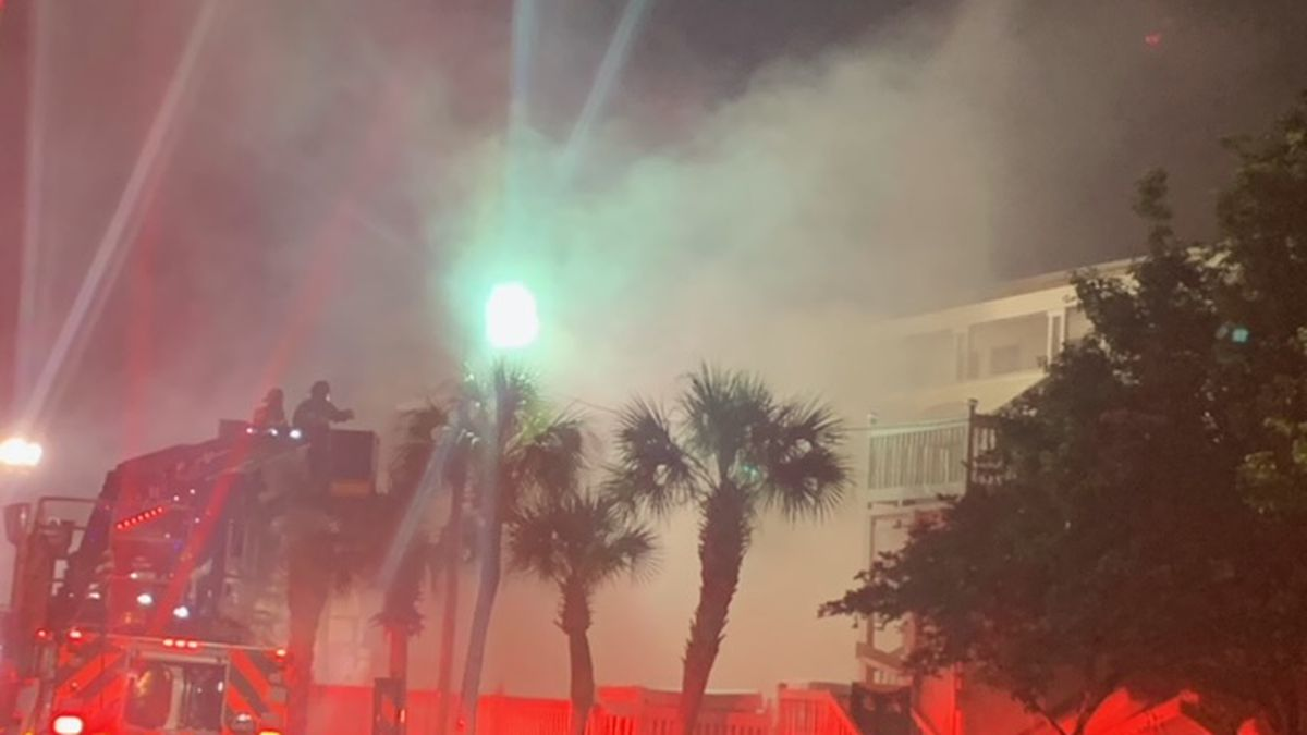 Myrtle Beach firefighters respond to two-alarm fire at vacant motel