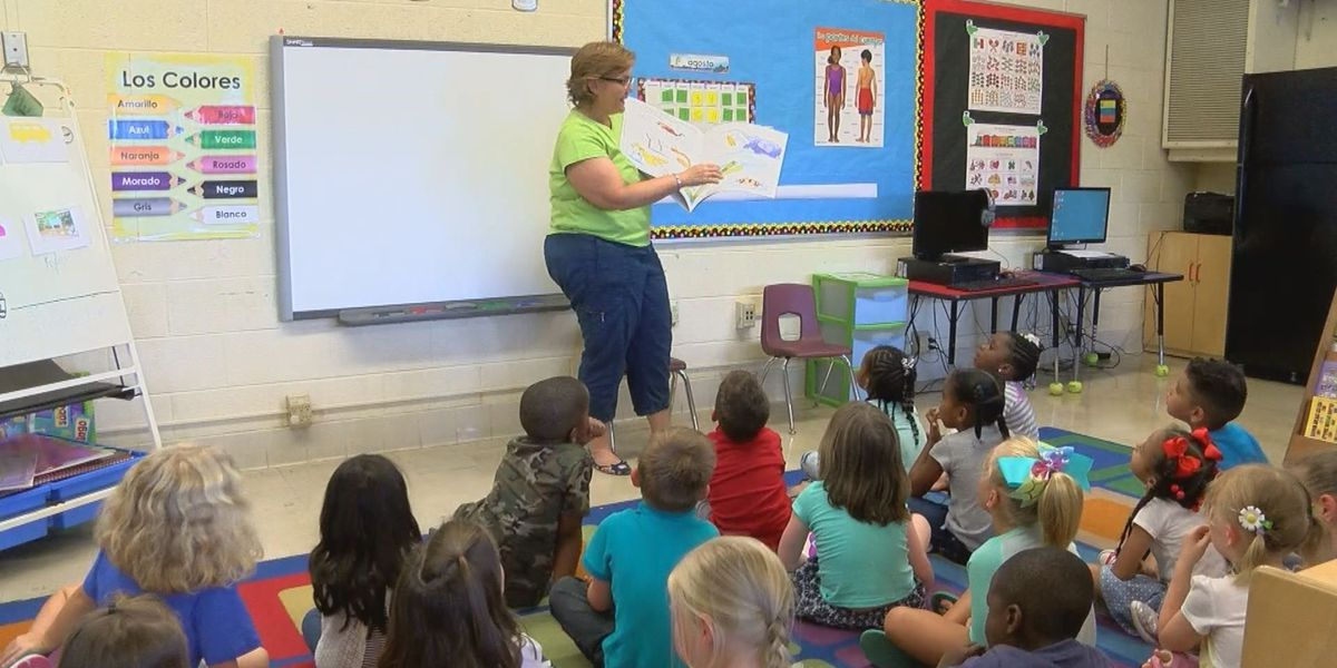Florence elementary school launches language immersion program