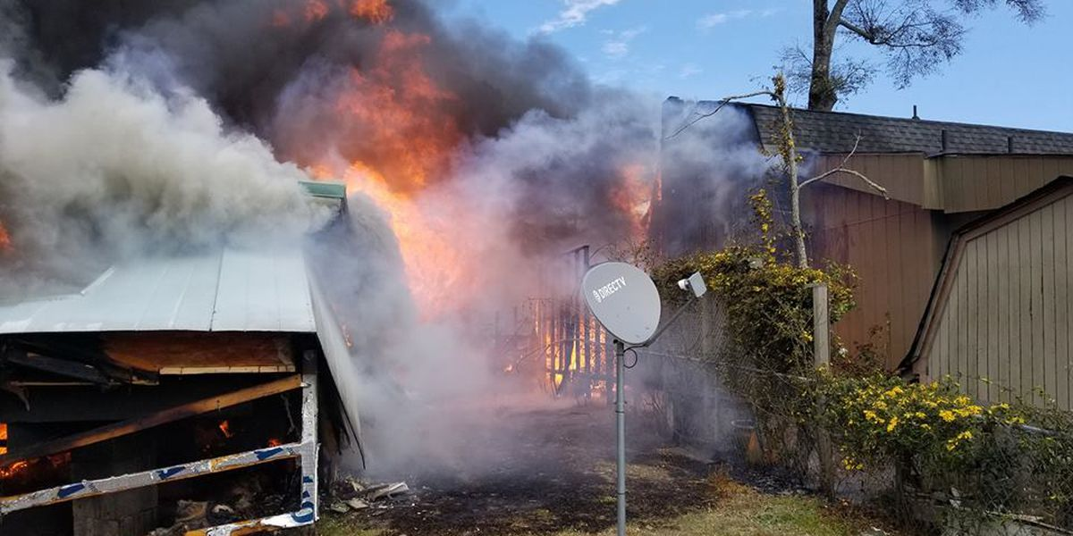Neighbors rush to save people, pets inside burning homes in North Myrtle Beach