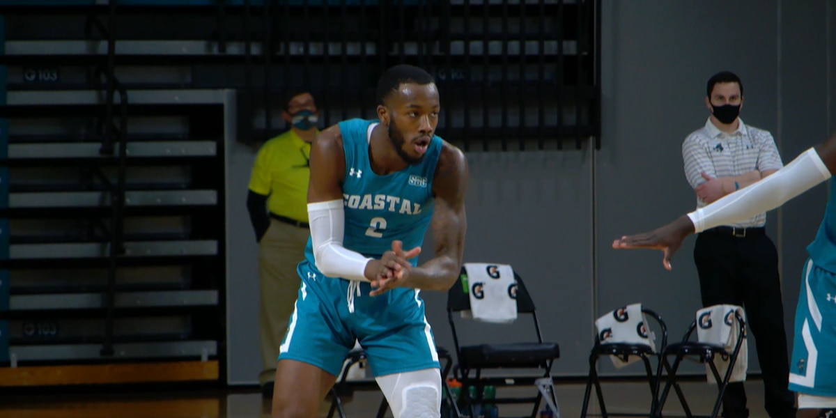 Green's career-high 28 points leads CCU past South Alabama