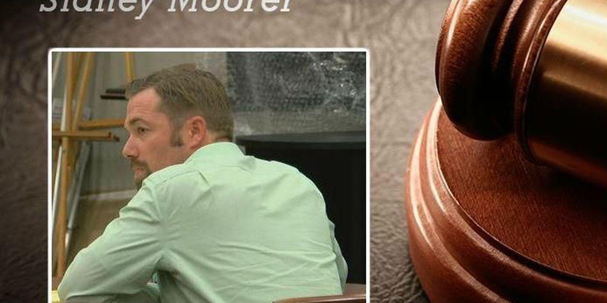 Hung jury, mistrial declared in Sidney Moorer trial