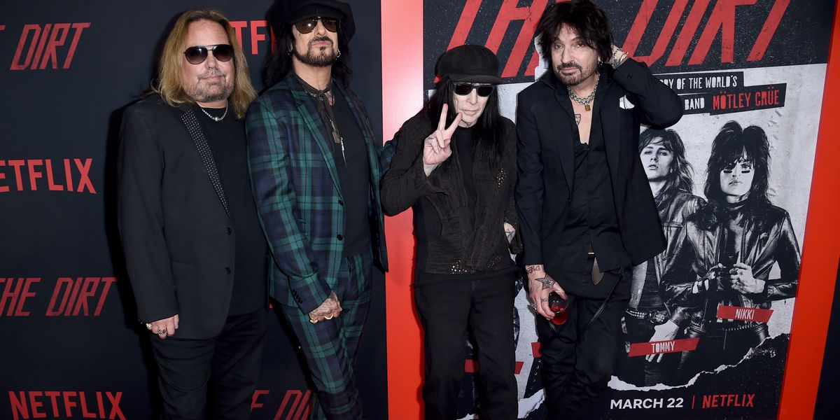 Mötley Crüe reunites, plans tour with Def Leppard and Poison