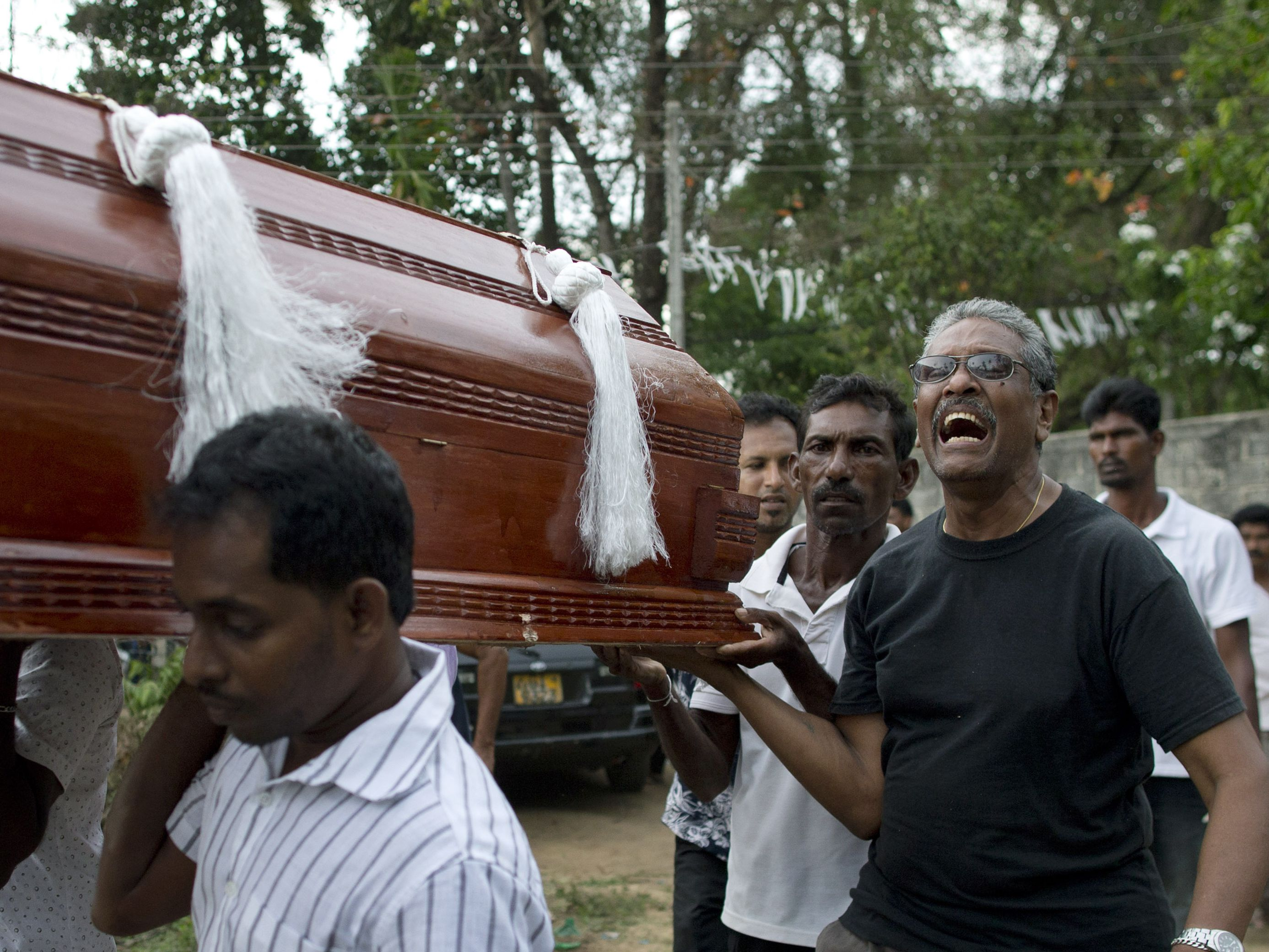 As Sri Lanka mourns, Islamic State claims Easter bombings