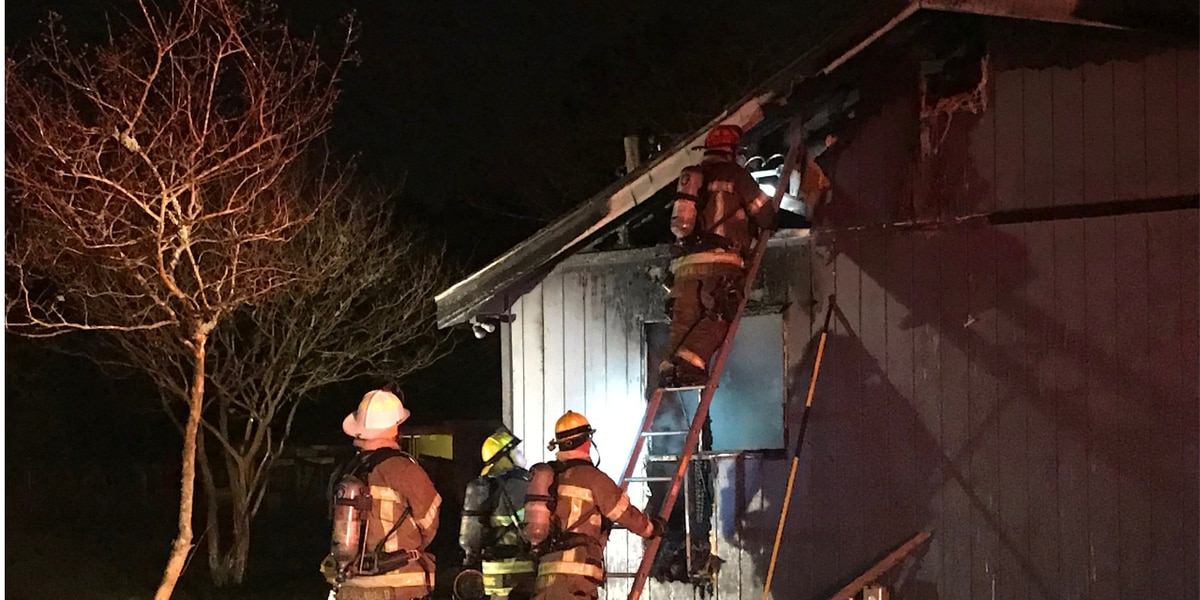 Firefighters investigate house fire in Horry County