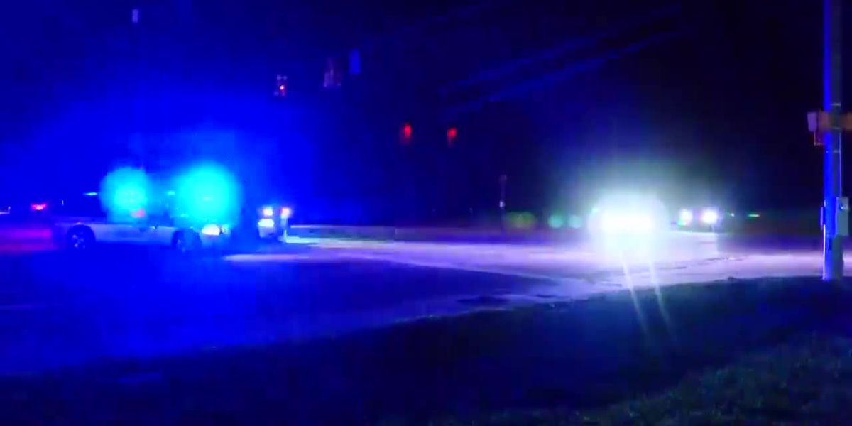 Woman captures sound of gunfire in video of Florence Co. shooting that killed officer, injured several others