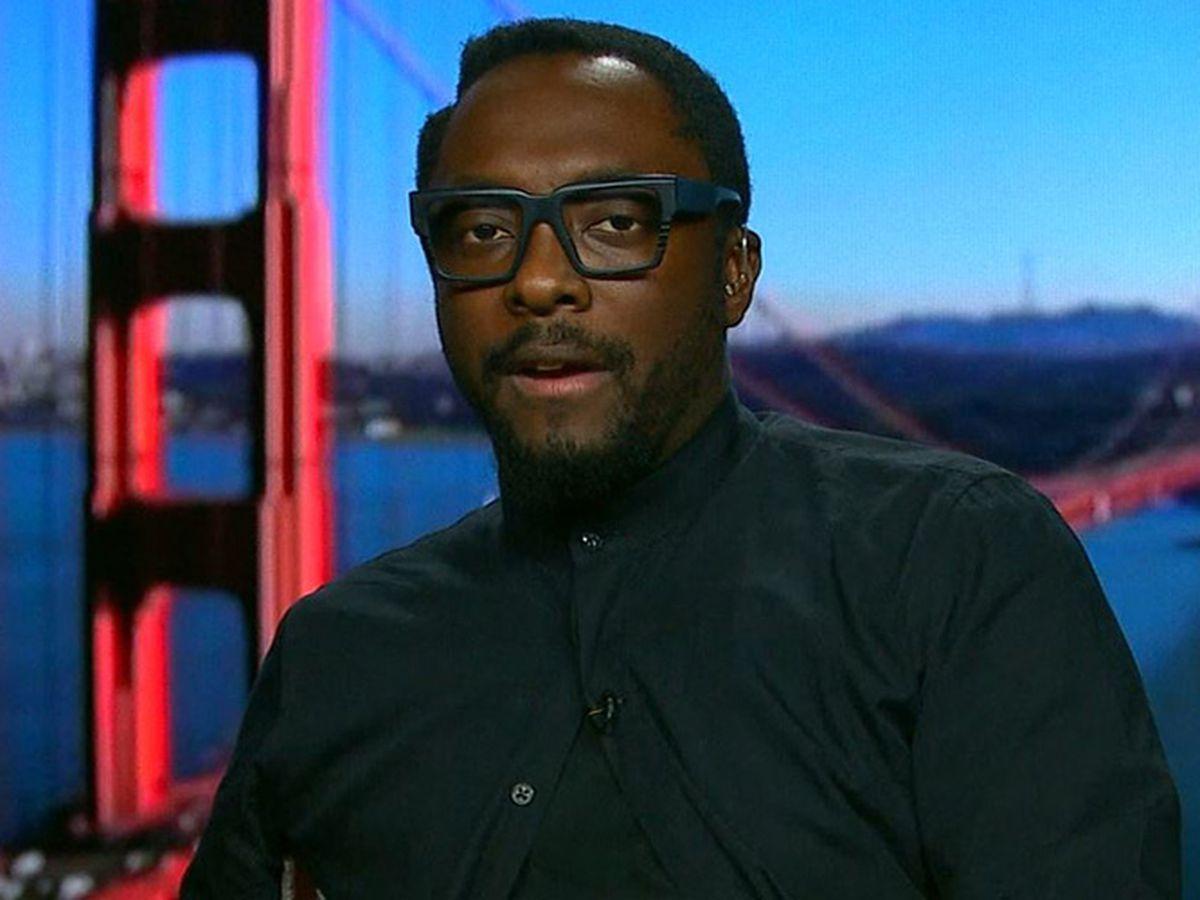 Black Eyed Peas star accuses Qantas attendant of racism